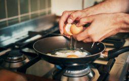 Quelle poêle pour les œufs au plat ?
